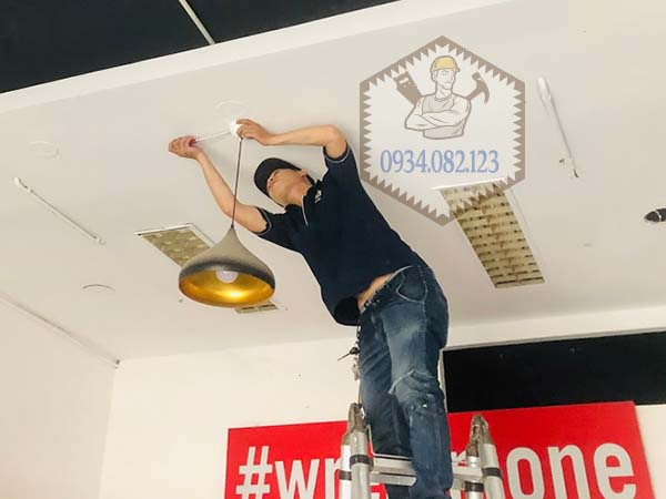 Thợ sửa bóng đèn tại quận Gò Vấp